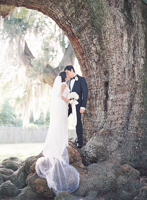 Wedding Portraits in the same location as their Engagement! | Marissa Lambert Photography | White Peonies and Floral Lace for a Classic New Orleans Wedding