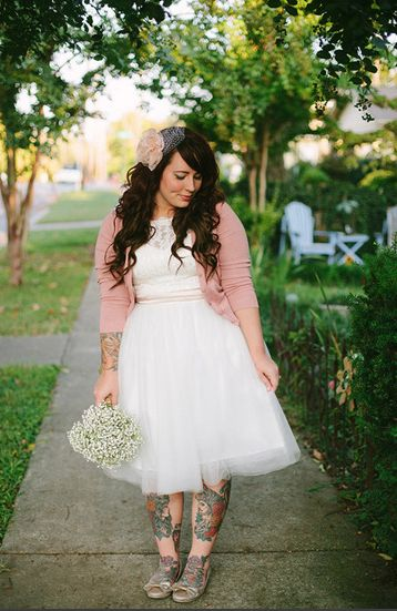 She's my favorite, her entire wedding was perfection. Honeybee gets married    THIS IS WHAT I WANTTTTTT!!!  p.s. I remember when she was myspace famous.