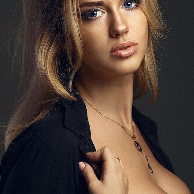 #sexy #beautiful #girls #woman #women #girl #nice #pretty #bieber #kardashian #beautiful @ ksupi 69 #cute #followback #FF #sexy