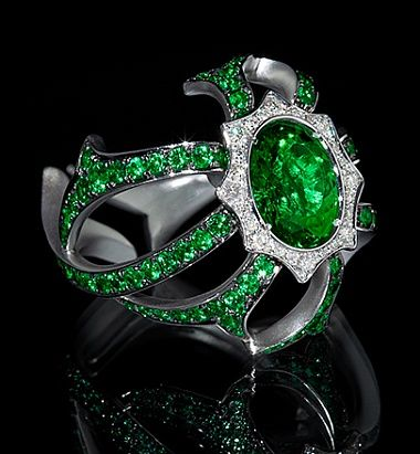 Mousson Atelier diamond and emerald ring