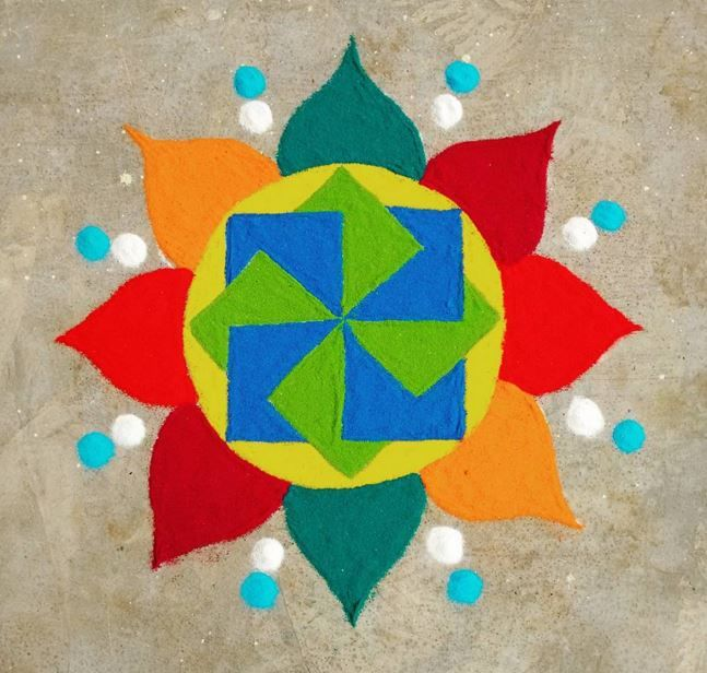 Get the best 3D rangoli designs for competition in here. 3D rangoli designs are a bit tricky but can be mastered with lots of practice and patience.