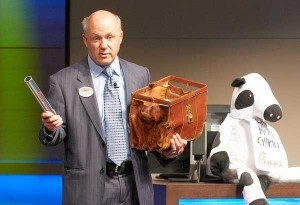 Chick-fil-A president Dan Cathy leads a lesson at SAS (analytics leader) on customer service