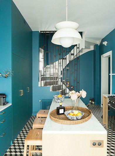 De la couleur sur les murs en cuisine.