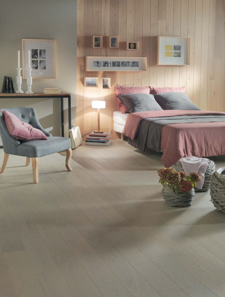 17 meilleures id es propos de parquet flottant sur pinterest parquet massif parquet bois. Black Bedroom Furniture Sets. Home Design Ideas