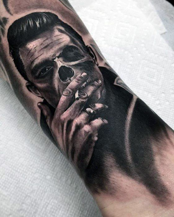 50 Johnny Cash Tattoo Designs für Männer – Musiker Tinte Ideen