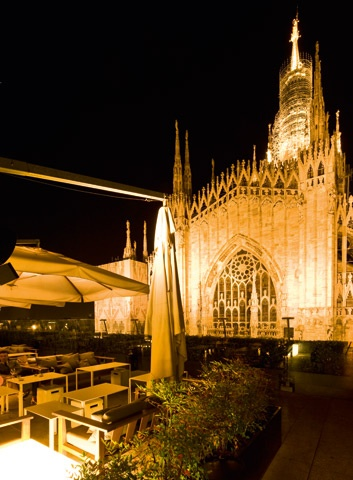 Rinascente, Milan. Good restaurant on floor 7, with this view!