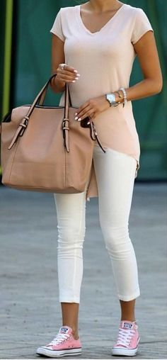 #summer #outfits Blush Tee + White Skinny Jeans + Pink Sneakers