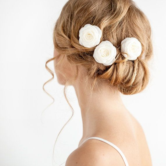 Small version of our classical roses – bridal hair pins. These rose hair pins are will create an elegant look and look perfect with a simple bridal up