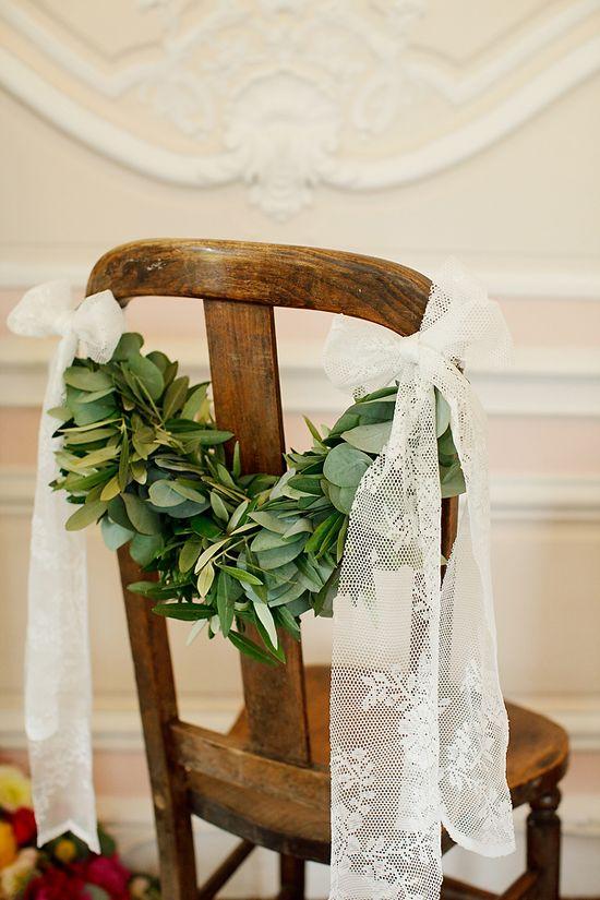 Sonntagshäppchen: Flinke Deko für Hochzeitsstühle | Hochzeitsblog Fräulein K. Sagt Ja