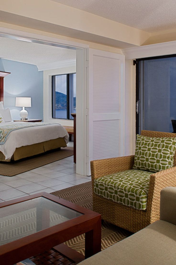 Marriott Frenchman's Reef and Morning Star Beach Resort - Saint Thomas Island, US Virgin Islands - Rooms are decorated in a soothing palette of aqua, sage and ivory.