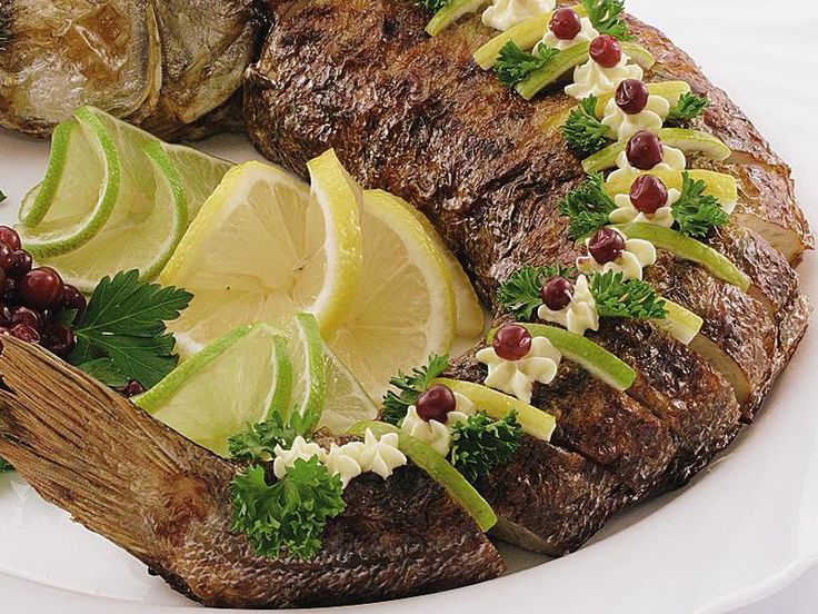 Фаршированная рыба. Карп «по-праздничному» в подробных картинках.