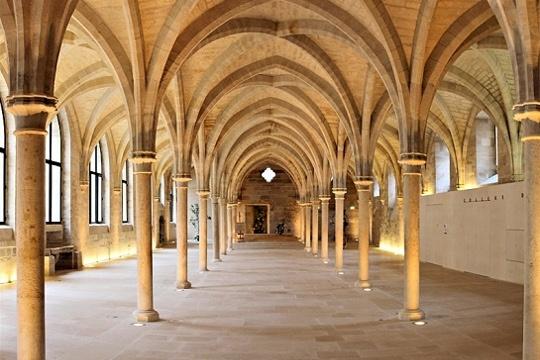 Collège des Bernardins à Paris où vivaient les moines cistériens au XIII ème siècle.