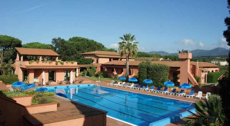 Hotel Residence Villa San Giovanni Portoferraio Spend a truly Mediterranean holiday at Hotel Residence Villa San Giovanni, set in a pleasant, tranquil area of Elba Island, 300 metres from the thermal establishments and the beach.