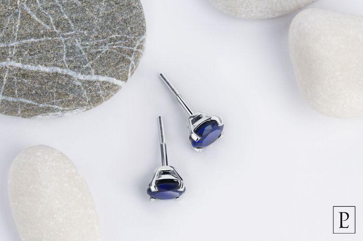 Пусеты из платины с синими сапфирами станут изысканным украшением Вашего новогоднего образа. #серьги #гвоздики #пусеты  #сапфир #earrings #jewellery #jewelry #platinum #PlatinumLab #brilliant #stone #present #ювелирныеизделия #ювелирныеукрашения #unique #simple