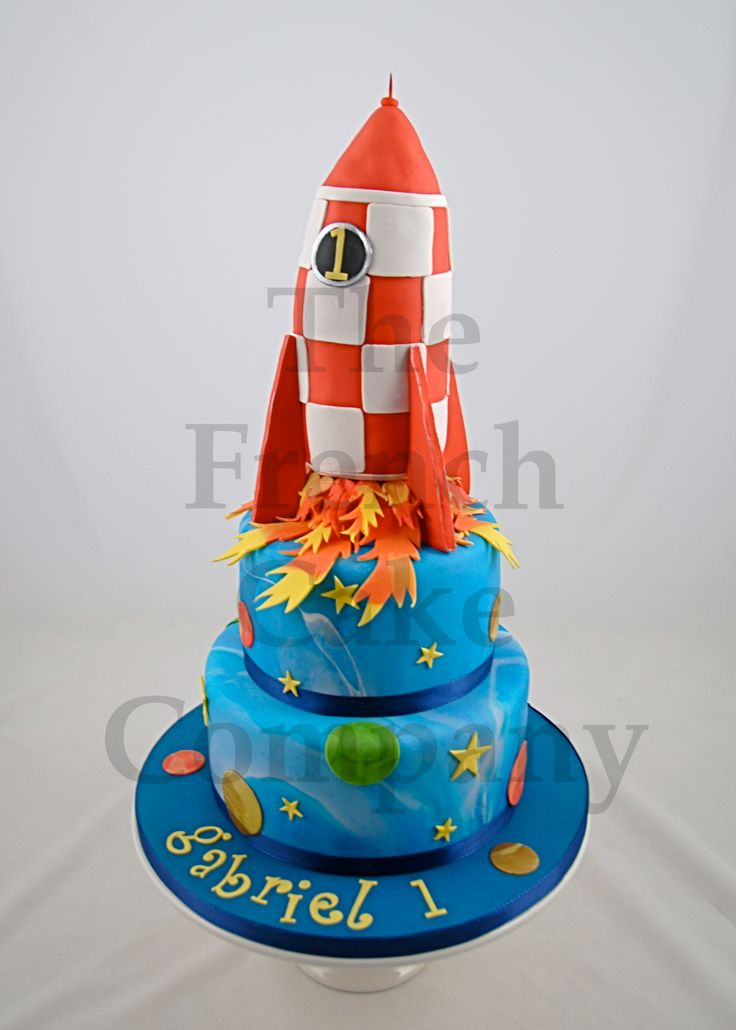cake for boys rocket gateau d 39 anniversaire pour enfants. Black Bedroom Furniture Sets. Home Design Ideas