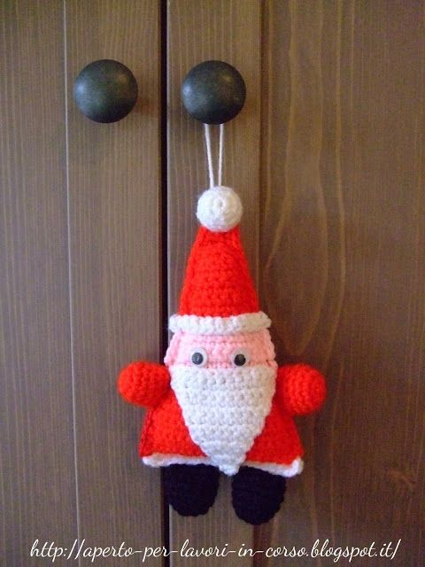 Il blog di Laura: Babbo Natale all'uncinetto free pattern