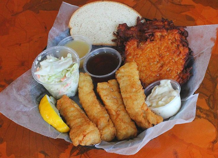 100 best images about milwaukee fish fry guide on for Best fish fry milwaukee
