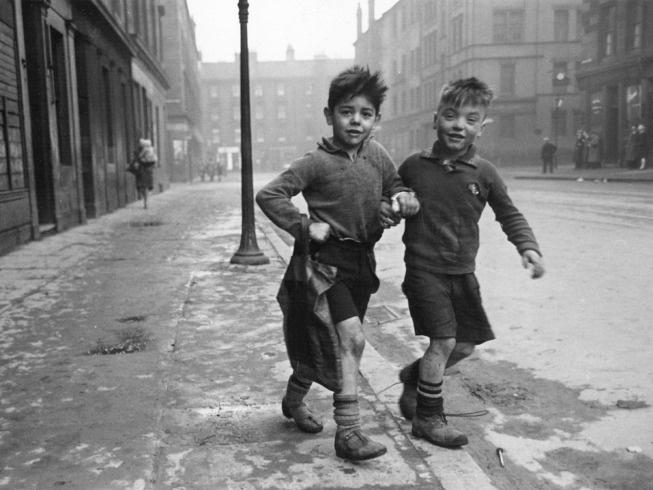 Gorbals, Glasgow, 1940's - Bert Hardy