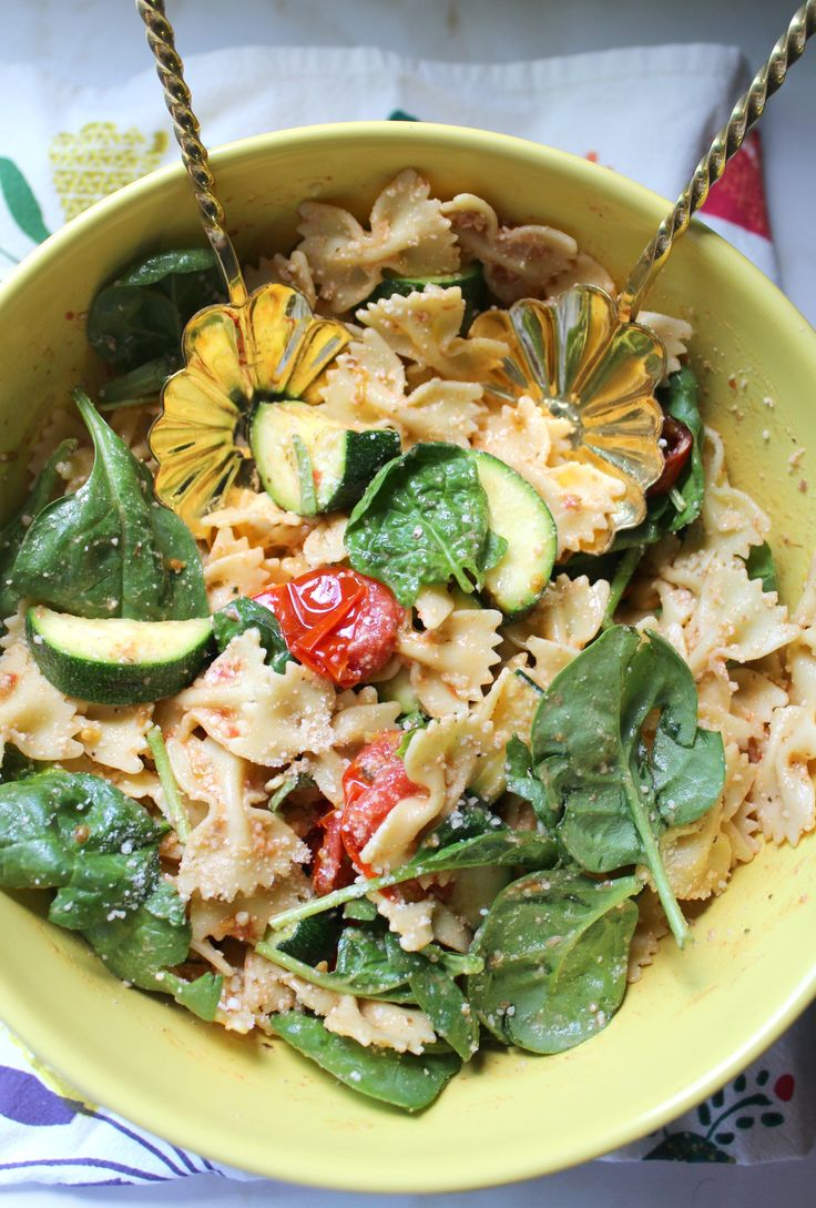 Grilled Zucchini and Balsamic Tomato Pasta Salad | EatStyleCreate.com ...