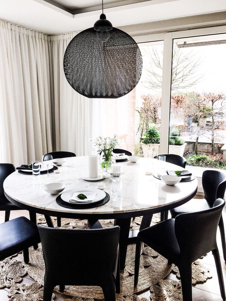 Marbletable from Maxalto in my dining room.