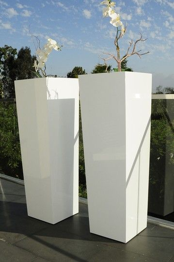 Tall Barrel Flower Planter White On Hautelook Outdoor Es In 2018 Pinterest Planters And Flowers