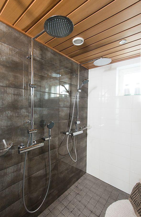 2892 Oras Cubista rain shower faucets
