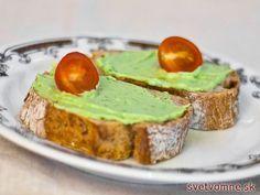 Obľúbená pomazánka z avokáda s mierne kyslou, osviežujúcou chuťou. Najlepšia je na čerstvom pečive s chrumkavou kôrkou.