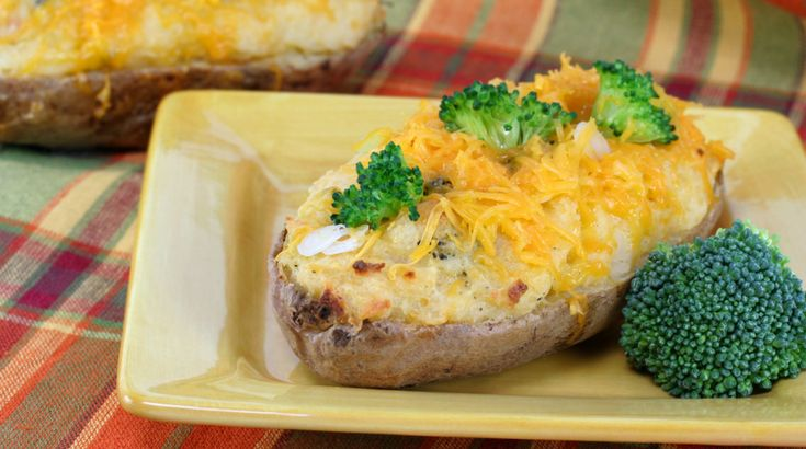 Brokkolis-sajtos kétszersült burgonya - Receptek | Ízes Élet - Gasztronómia a mindennapokra