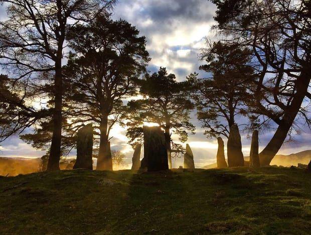 Craigh na Dun 'Outlander' [Credit: Matthew B. Roberts via Twitter]