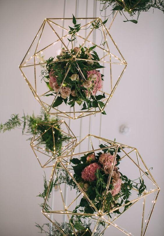 geometric flowers wedding decor / http://www.deerpearlflowers.com/hanging-wedding-decor-ideas/2/