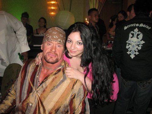The Undertaker & V...