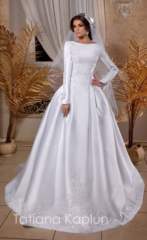 1457 best Modest (Tznius) Wedding Gowns for the Kosher Bride images ...