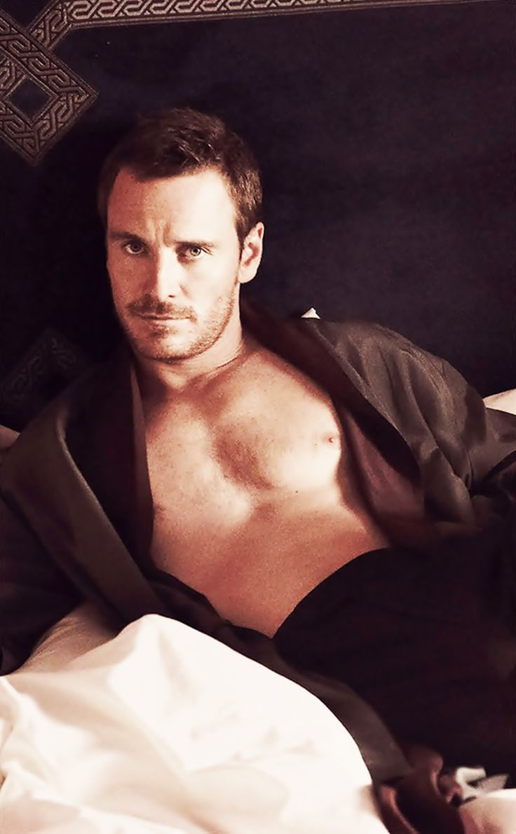 Michael Fassbender,,,,,,,UHhhhh what ?? looking at him I can't think anymore!!!!