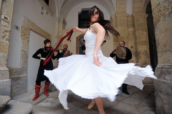 la pizzica, tipico ballo salentino