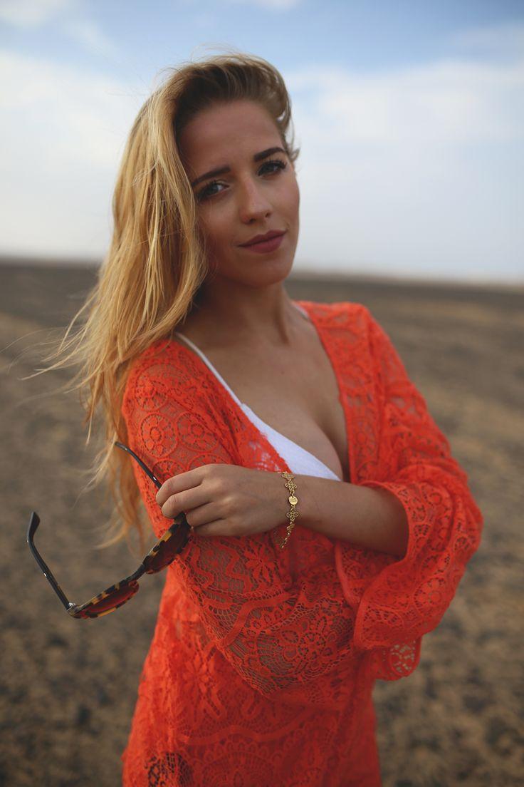 Blogerka Jessica Mercedes w biżuterii MOKOBELLE #mokobelle #mokobellejewellery #jewellery #jewelry #bransoletka #lifestyle #bijou #stars