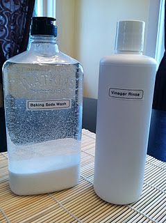 No More Shampoo!? Baking Soda Wash & Vinegar Rinse.  already doing oil-cleansing for my face, might as well try this.