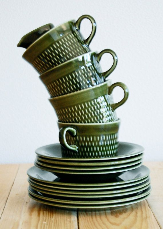 Stavangerflint - P_05.07.2013 - Green retro coffee set. Stavangerflint, made in Norway via Etsy