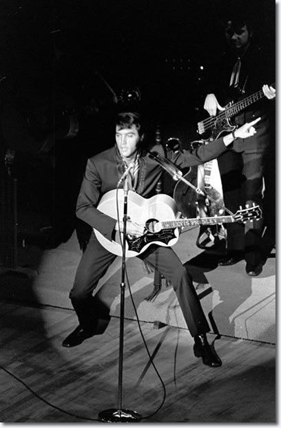 """""""Elvis Aaron Presley (January 8, 1935 – August 16, 1977) was one of the most popular American singers of the 20th century. A cultural icon, he is widely known by the single name Elvis. He is often referred to as the """"King of Rock and Roll"""" or simply """"the King"""""""