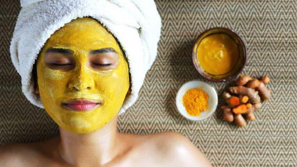 Jika Anda perhatikan, produk-produk perawatan kulit wajah ini hanya berfokus pada penggunaan buah-buahan seperti bengkoang, lemon, atau mentimun, dan juga berbahan dasar susu serta yogurt. Jarang s...