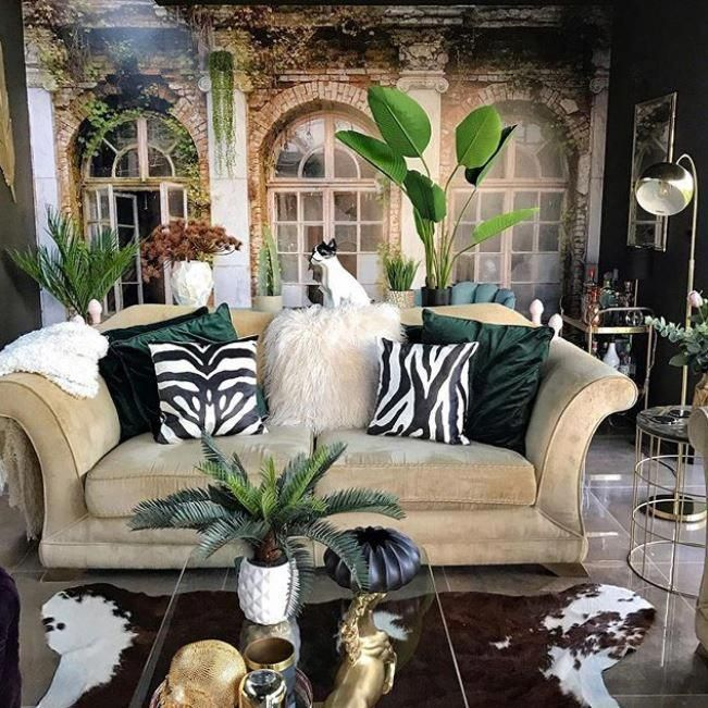 Kamer Met Veel Groen Muralswallpaperfloors Safari Living Rooms Wallpaper Living Room Jungle Living Room Ideas #safari #living #room #ideas