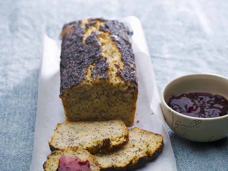 Mohn-Kartoffel-Brot backen - So geht`s: http://eatsmarter.de/rezepte/mohn-kartoffel-brot-und-konfituere