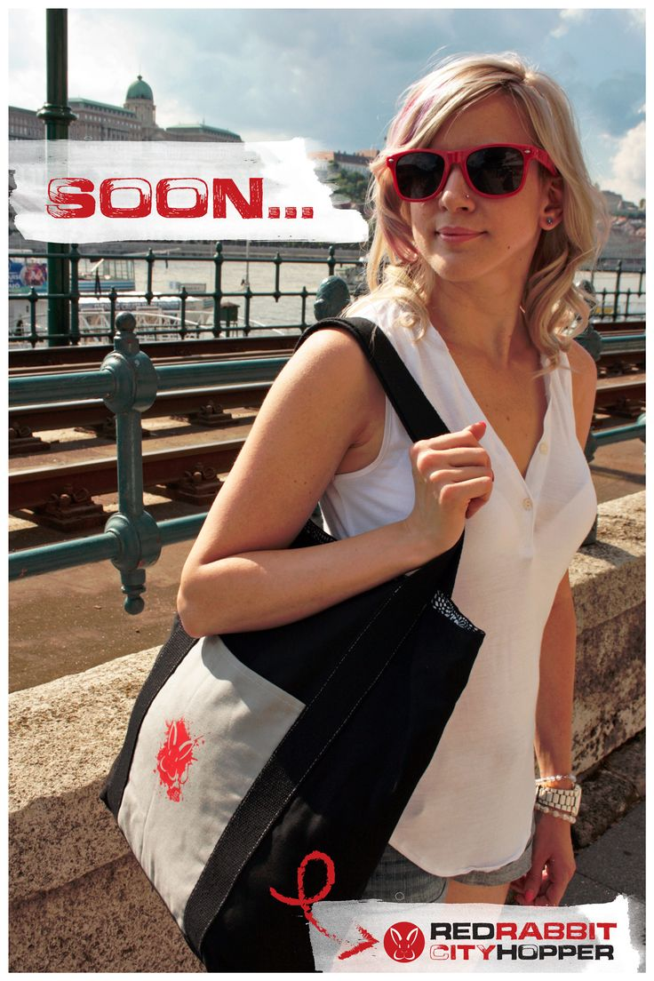 The first series of hand-made totes are soon ready for pre-orders. CityHopper is a one-of-a-kind bag we had fun designing. It's simple, sexy and elegant. Please check back for more details and photos.