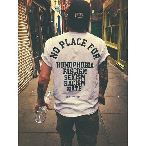 No place for homophobia, fashism, sexism, racism, hate Malesoulmakeup - Queer Culture Bloghttps://malesoulmakeup.wordpress.com/
