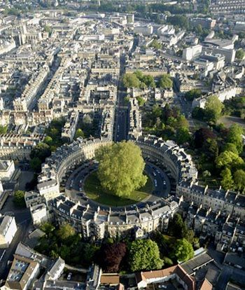 Bath, United Kingdom. I have been right there at the big tree! And I am definitely going back!