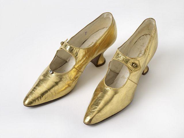 Shoes by J Bird Ltd, Martineau Street, Birmingham, 1907-14
