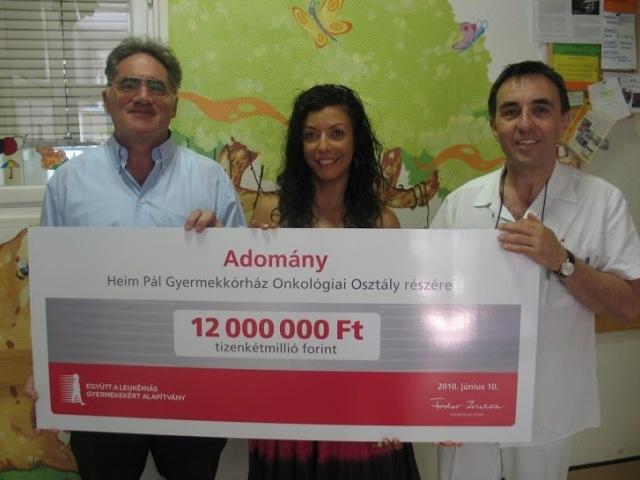 Az Együtt a Leukémiás Gyermekekért Alapítvány 2010. június 10.-én 12.000.000 forintos adományt adott át a Heim Pál Gyermekkórház onkológiai osztálya részére egy életmentő újgenerációs véralvadásmérő berendezés beszerzésére.