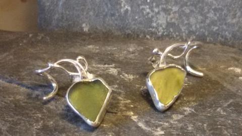1422 Seafruits Blossom Earrings