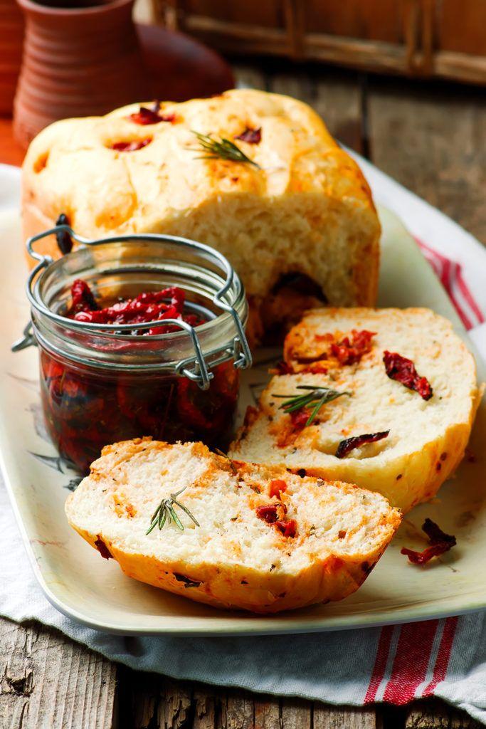 Хлеб с розмарином и вялеными помидорами в хлебопечке — Кулинарный Блог