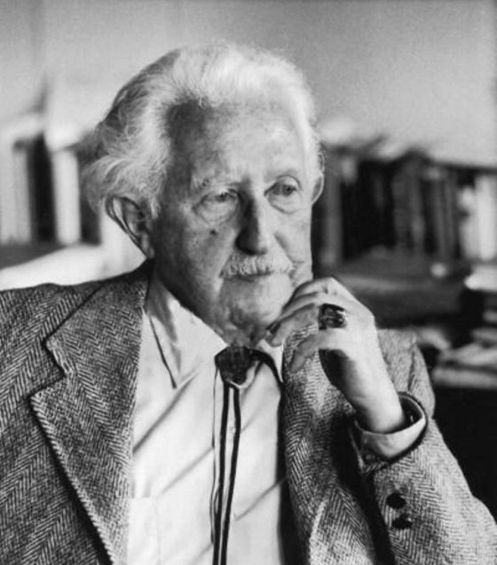 an introduction to the analysis of the philosophy of erik erickson one of the best known of sigmund  Erik erikson's theories of midlife table of contents introduction to topic3 background of erik erikson3 erikson's connection to freud4 psychosocial theory of development5.