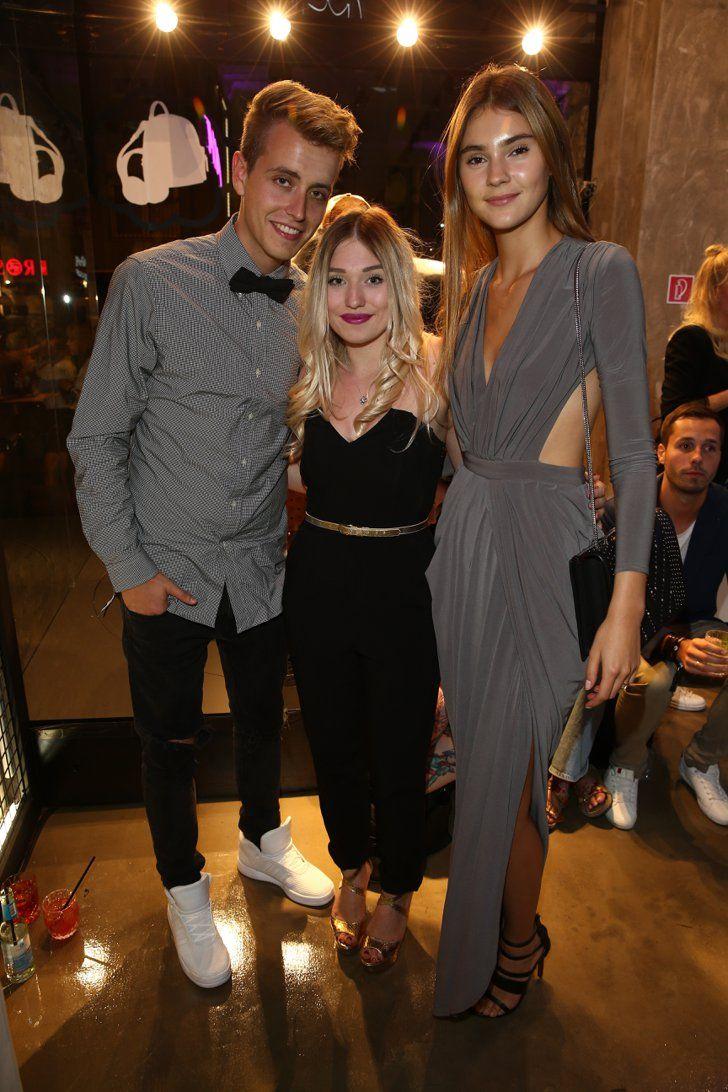 Pin for Later: Die Stars machen Berlin zum Mode-Mekka bei der Fashion Week Julian, Bianca Heinicke und Stefanie Giesinger bei einem Event von MCM